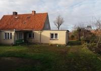 Dom z budynkiem gospodarczym Węgorzewo